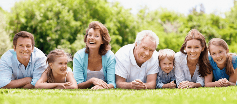 dia-das-crianas-familia-feliz